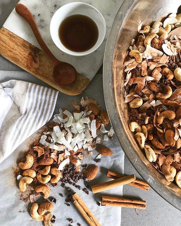 Cacao-granola